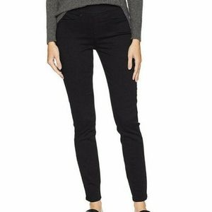 Signature by Levi Strauss Pull-On Skinny Jeans